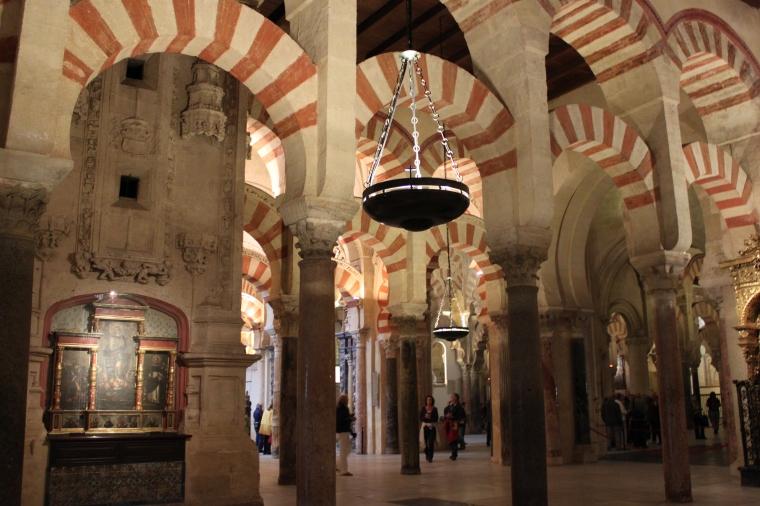 Roman-visigothic arches